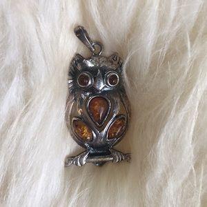 Beautiful Amber Owl necklace pendant!!